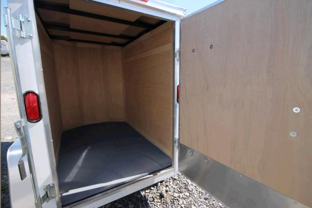 Where to find TRAILER, 4X6 COVERED LUGGAGE in St. Paul